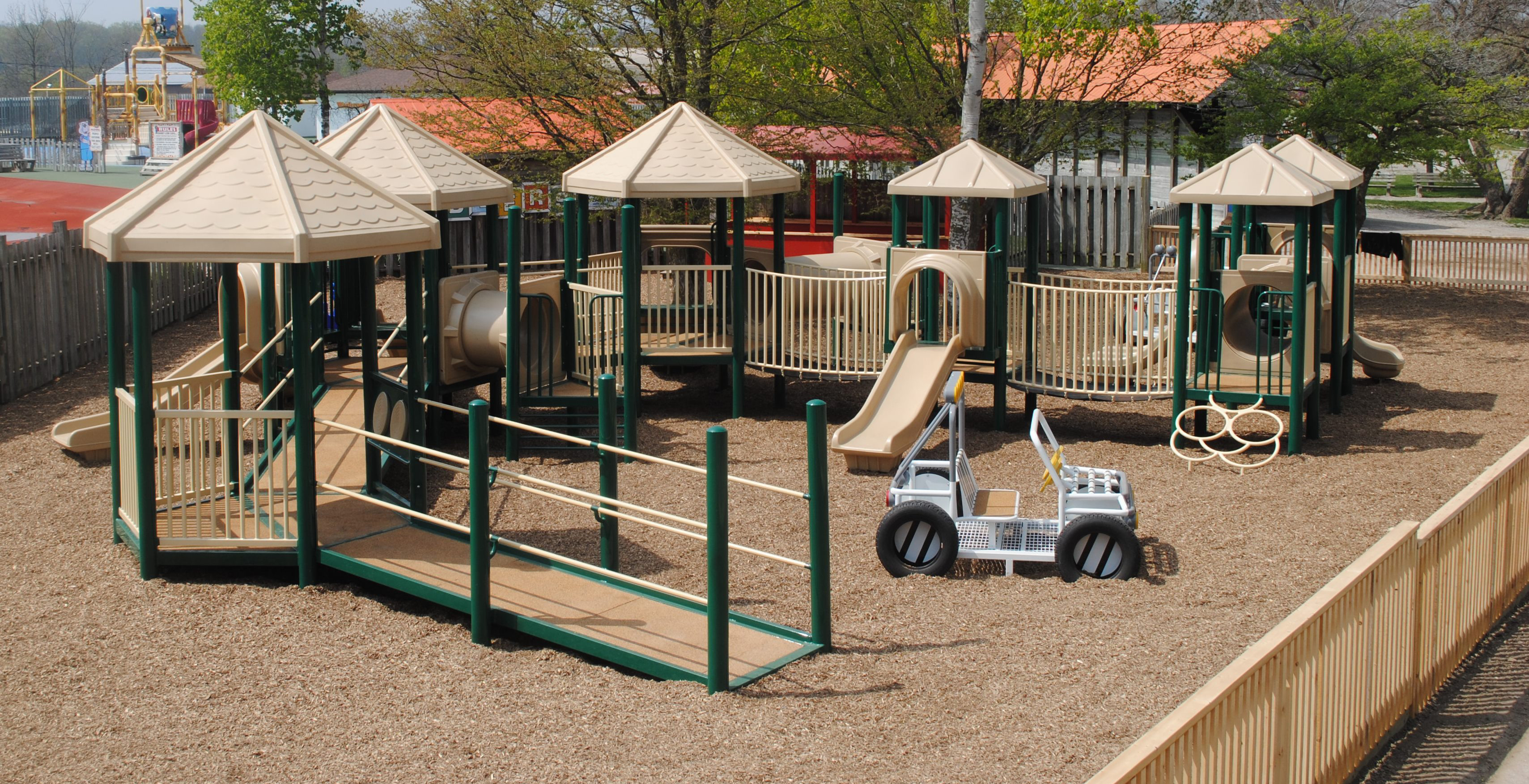 PlayKSL_AfricanLionSafari_JuniorPlayStructure